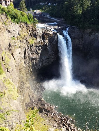 Snoqualmie Falls : Great view from the lookout point.