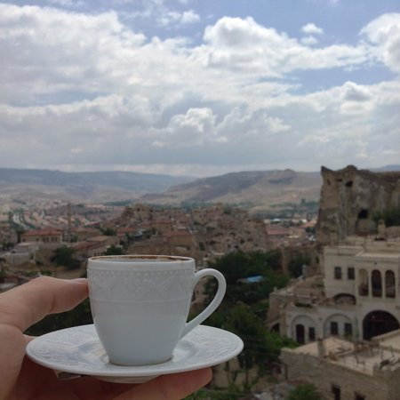 Canyon Cave Hotel: Having a Turkish coffee on the terrace