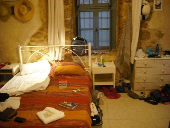 Hotel Attiki: 4 person room