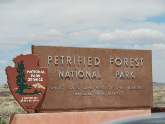 Rainbow Forest : The sign on the South Entrance