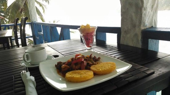 Sister Moon Hotel : A delicious breakfast with a breathtaking view