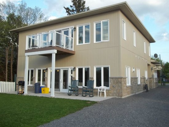 1840 Guest House B&B : Guest Balcony Overlooking Rideau Canal and Rideau River