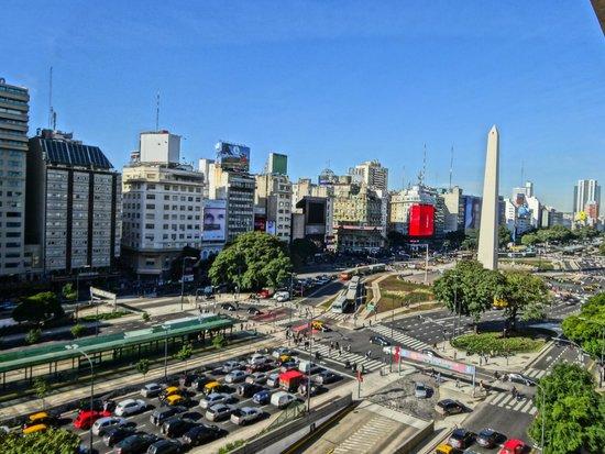 NH Buenos Aires Tango: Vista do apartamento, 6º andar.