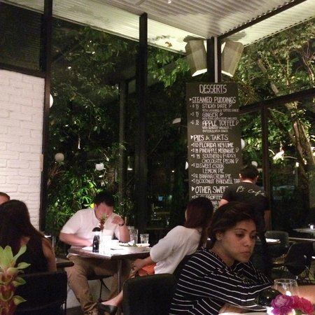 PS Cafe: Beautiful location and perfect ambiance