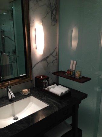 Shangri-La Hotel, Vancouver : L'Occitance toiletries