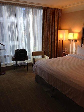 Shangri-La Hotel, Vancouver : Comfortable room