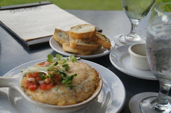 Gaylord's at Kilohana : crab and artichoke dip