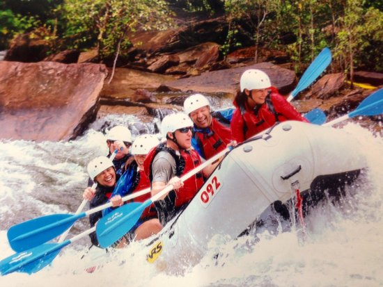 Rolling Thunder River Company: Rolling down the Thunder on the Ocoee