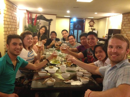 Hanoi 3B Hotel: Traditional Vietnamese dinner! Me on right. Staff Dragon (left) and Nancy (behind me)
