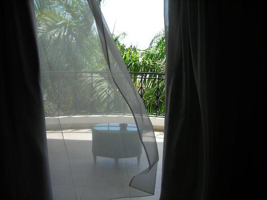 NH Haiti El Rancho : Balcony