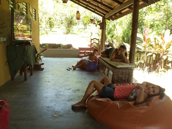 Amazon Ecopark Jungle Lodge: Relax na area comum de tv