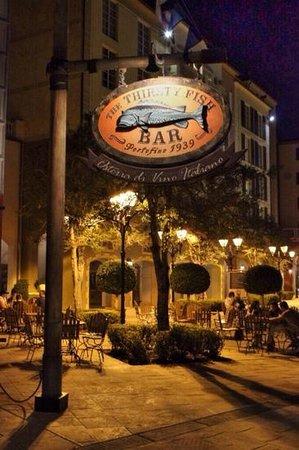 Loews Portofino Bay Hotel at Universal Orlando: hotel at night