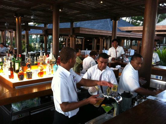Flying Fish: The bar adjacent to the restaurant