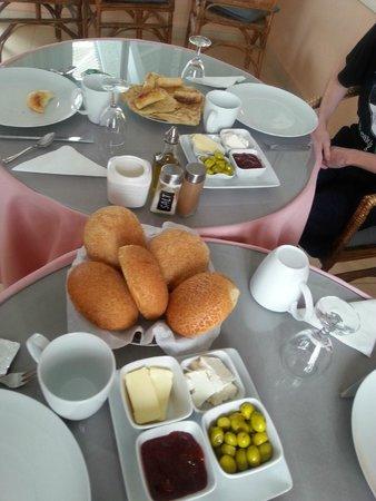 Dar Jameel : Breakfast
