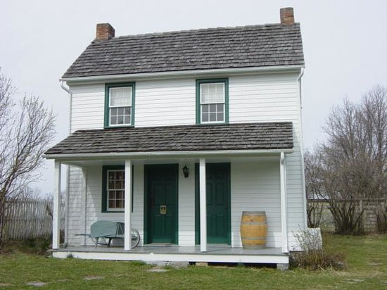 New Market Battlefield Military Museum : house on property