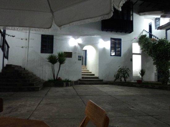 La Casa Campesina: Patio central, contiguo a la recepcion