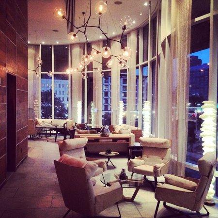 The James New York: Lobby