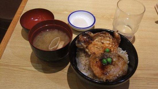 Butadon no Butahage, Obihiro Honten: 小豚丼