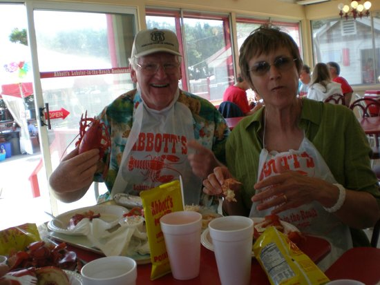Abbott's Lobster In The Rough: Dig In......no linen to worry about. Just great Lobster!