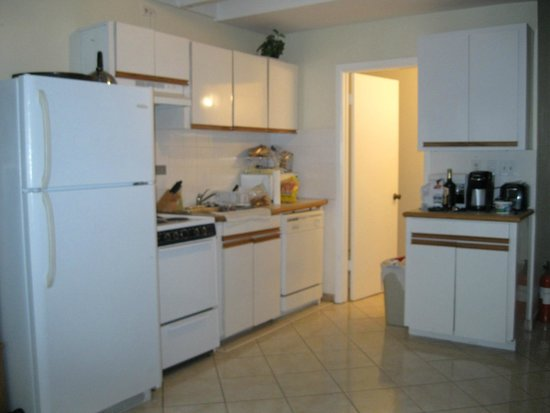 Sunrise Beach Clubs and Villas: kitchen unit 106