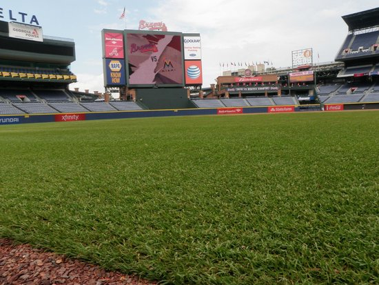 Turner Field: The field - Up close & personal