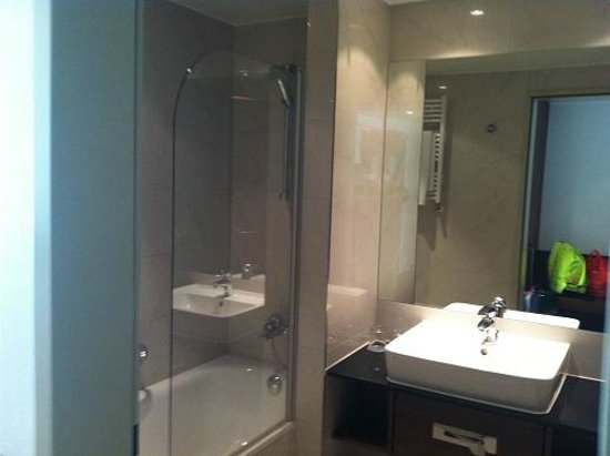Melia Luxembourg: Clean