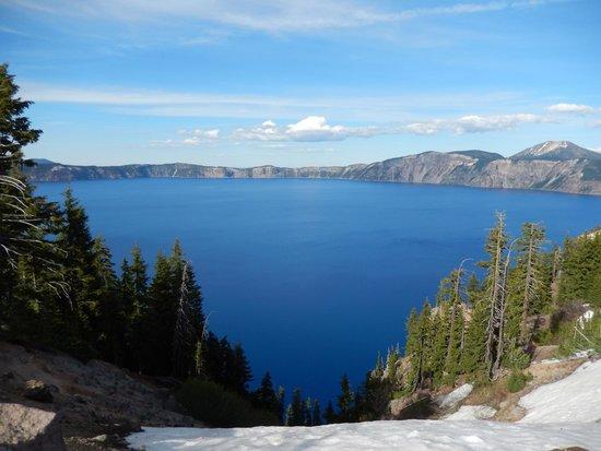 Crater Lake National Park: The beautiful lake.