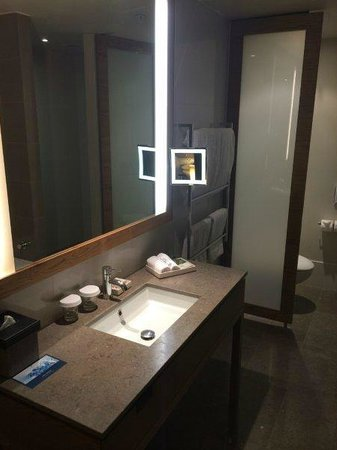 Pan Pacific Melbourne: Vanity