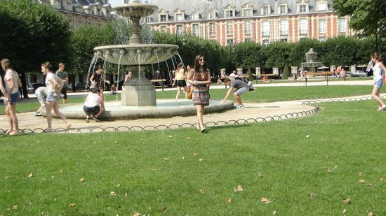 Fonte - Place des Vosges