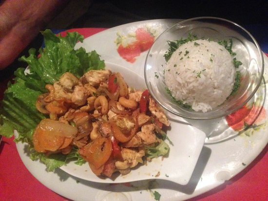 Soda La Naranja: Chicken With cashew, very tasty!