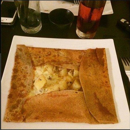 Des saveurs et des mots : oeuf, pomme de terre, fromage fondu
