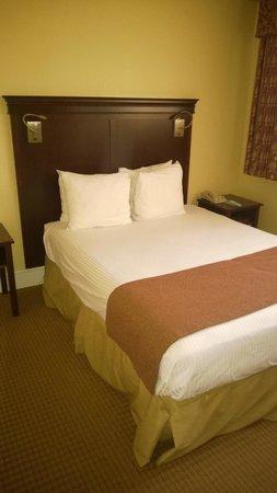 Park Lane Suites & Inn: Bedroom 1