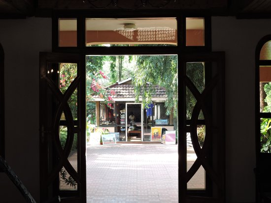 Sal Salinero Hotel : View from dining room of gift shop
