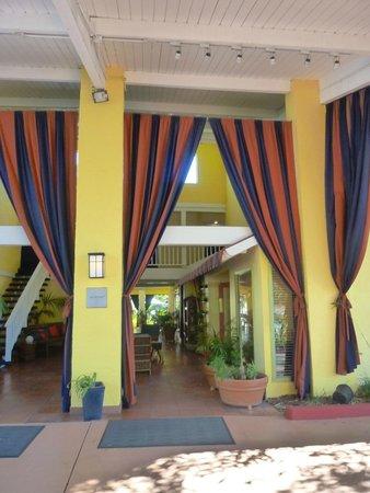 Wild Palms Hotel - a Joie de Vivre Hotel : Entrance