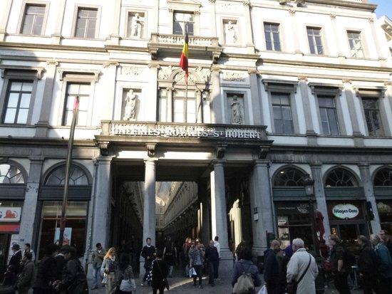 Les Galeries Royales Saint-Hubert : Fachada