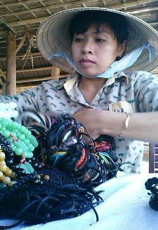 Cua Dai Beach: Eine der Strandverkäuferinnen