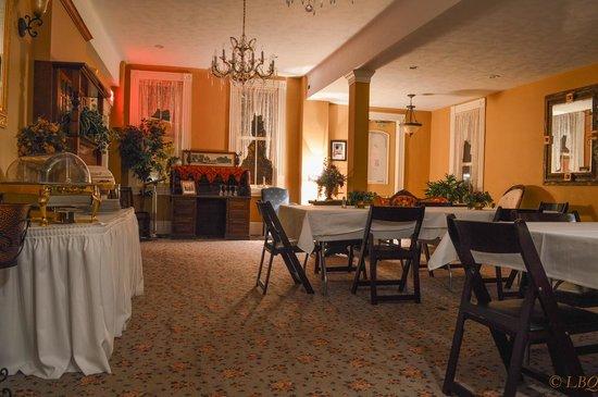 Homestead House Bed & Breakfast : Dinning room