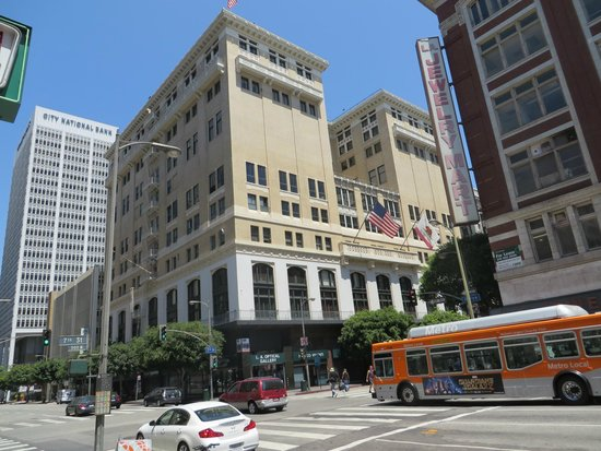 The Los Angeles Athletic Club : The Hotel