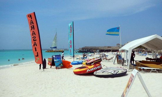 Hotel Riu Palace Aruba: water activities by the hotel