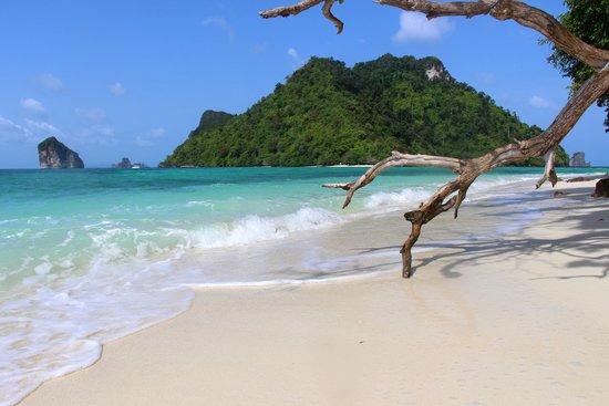 Bhu Nga Thani Resort and Spa : o. Tub