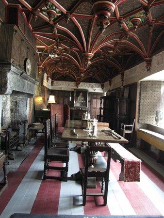 Bunratty Castle: interior of castle