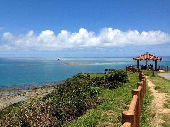 Cape Chinen Park: 知念岬公園からの眺め