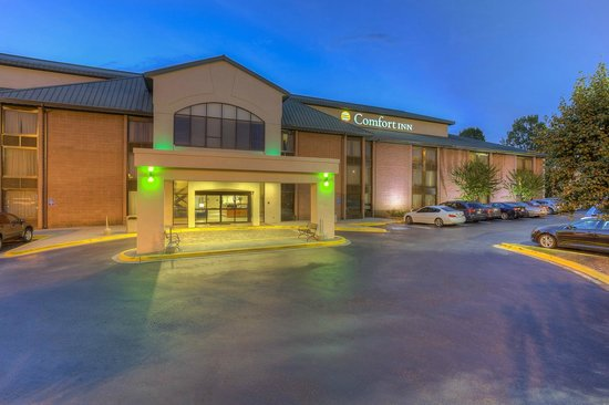 Another comfortable visit review of comfort inn matthews for Pool and spa show charlotte nc
