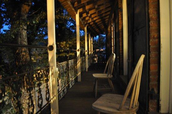 City Hotel : The balcony