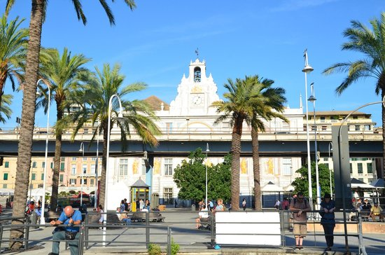 Old Port (Porto Antico)