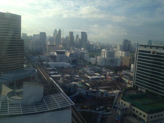 Mercure Bangkok Siam: city view