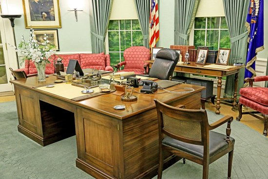 Harry S. Truman Library and Museum: Office