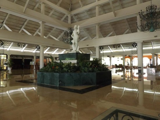 Luxury Bahia Principe Bouganville Don Pablo Collection : Amazing Lobby