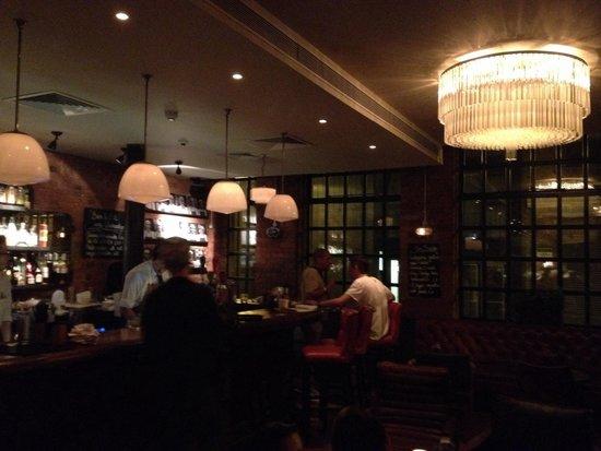 Jamie Oliver's Fifteen: Bar
