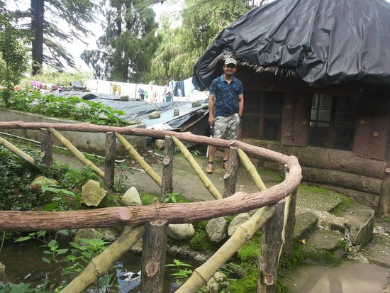 Company Garden : artificial pond